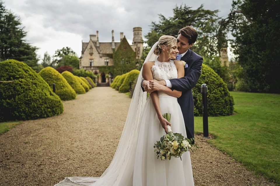 Georgie & Sam / Manor By The Lake / Gloucestershire Wedding Photographer