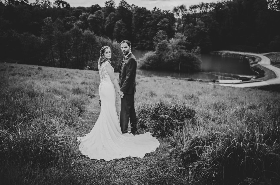 Lucinda & Mark / Ashley Wood Farm / Wiltshire Photographer